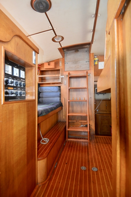 Pilot House looking aft to companionway