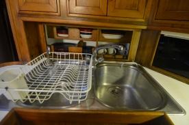 Couple deep sinks