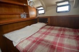 Aft cabin bunk